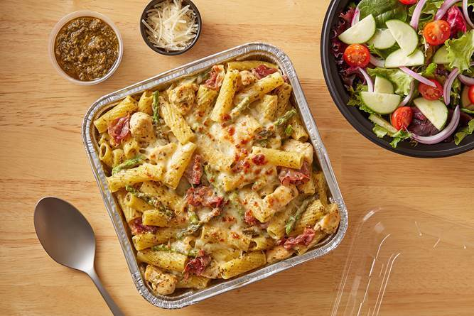 Baked Rigatoni with Pesto Chicken, Prosciutto, and Asparagus