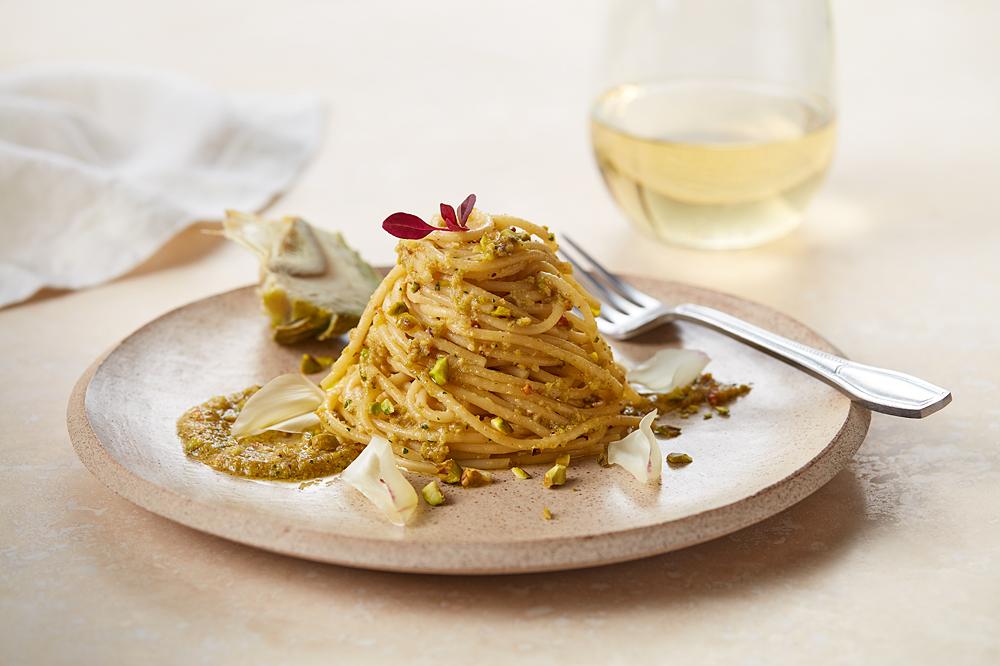 Spaghetti With Pistachios And Sautéed Artichoke Pesto